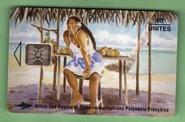 PF26 Vendeuse De Mangues *** SC5 *** TTBE *** (A6-P2) - French Polynesia