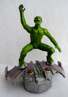 FIGURINE GREEN GOBLIN WITH GILDER BOUFFON VERT Sur JET PLANEUR 2002 MARVEL Fonctionne - Spiderman