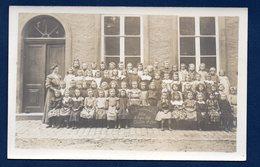 Arlon. Carte-photo. Ecole  Communale Des Filles. Arlon. 2ème  Année D'études. 1906 - Arlon