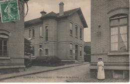 Paris- Hôpital Trousseau - Pavillon De La Crèche - District 12