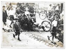 VERNOIL LE FOURRIER - ATTELAGE VOITURE A CHIEN  - FAMILLE POULARD - MAINE ET LOIRE - PHOTO 17.5 X 13 CM - Places