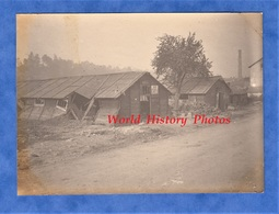 Photo Ancienne D'un Poilu - VIERZY (Aisne) - Baraquement Adrian Utilisé Par L'armée Allemande - 1918 WW1 Guerre Soldat - War, Military