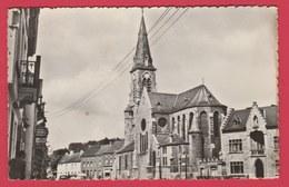 Han-sur-Heure - La Place Et L'Eglise  ( Voir Verso ) - Ham-sur-Heure-Nalinnes