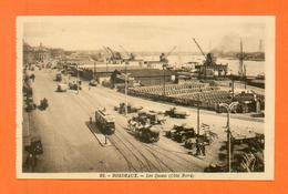 CPA FRANCE 33  ~  BORDEAUX  ~  32  Les Quais, Côté Nord  ( M. D. )  Animée Tram Autos - Bordeaux