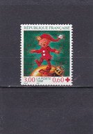 France Oblitéré  1998  N° 3199  Croix Rouge.  Lutin Marchant Sur Une Boule - France