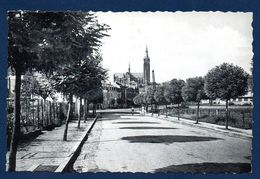 Arlon. Avenue Du Général Patton. Eglise Saint-Martin - Arlon