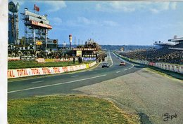 24 Heures Du Mans - Tribunes Et Des Stands De Ravitaillement - Cobra-Ferrari   -   Carte Postale - Le Mans