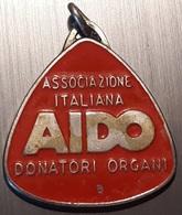 # Vecchia Medaglia: Associazione Italiana AIDO Donatori Organi (vedi Foto) - Gettoni E Medaglie