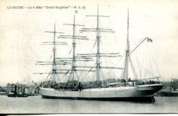 """N°68255 -cpa Le Havre -le  4 Mats """"Emile Siegfried"""" Tranport Du Nitrate Torpillé En 1917 - Commerce"""