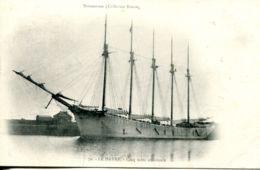 """N°68257 -cpa Le Havre 5 Mats """"Rebecca  Salmer"""" Et Son Remorqueur - Commerce"""