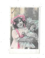 10978 -  CPA Fantaisie, Petite Fille Avec Poupée, Gros Plan - Groupes D'enfants & Familles