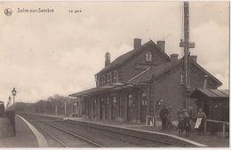 SOIRE-SUR-SAMBRE  LA GARE FELDPOST CACHETÉE  R  694/d2 - Stations - Zonder Treinen
