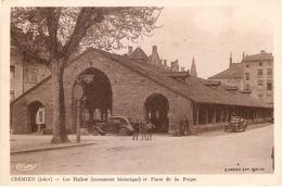 Crémieu : Les Halles Et Place De La Poype - Crémieu