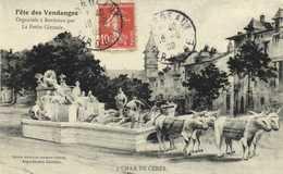 Fete Des Vendanges Orgabisée à Bordeaux Par La Petite Gironde  CHAR DE CERES  RV - Bordeaux