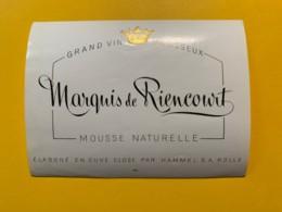 9293 - Grand Vin Mousseux Marquis De Riencourt 3 étiquettes - Etiquettes