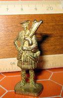 K93 133 SCOT 3 KINDER METAL - Figurine In Metallo
