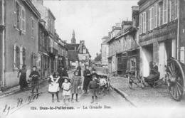 Dun Le Palletreau La Grande Rue - France