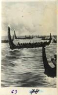 Iles Salomon, Photo-carte, Chasseurs De Têtes En Pirogue, Beau Document - Solomon Islands