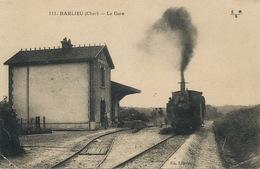 Train Tacot Ligne Argent Veaugues En Gare De Barlieu Defauts Coins Inferieurs Droits - Treni