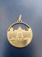 Medaglia Prima Crociera Aerea 25/28 Maggio 1932 Purtroppo Graffiata - Monarquía/ Nobleza
