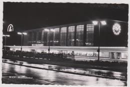 R 29 :   Autriche :  WIEN ;  Westbahnhof   , Gare ? - Vienne