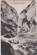 R 29 : Pyrénées  Atlantique : La  Gorge D ' Urdos Et La  Route D '   Espagne - Francia