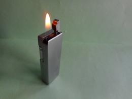 BRIQUET CHAMP LIGHTER Feuerzeug ENCENDEDOR ACCENDINO AANSTEKER 打火机 Léttari Ljusare ライター αναπτήρας Sytytin Vžigalnik - Non Classés