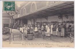 51 REIMS Vendanges Et Travail Du Vin ,rinçage Des Bouteilles Chez H Mumm,ouvriers Au Travail - Reims