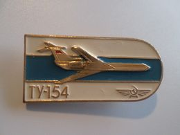 Original Vintage Metal PIN 1980 Years AEROFLOT USSR RUSSIA AIRPLANE TU-154 AVION - Avions