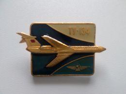 Original Vintage Metal PIN 1980 Years AEROFLOT USSR RUSSIA AIRPLANE TU-134 AVION - Avions