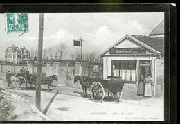 GOUVIEUX LE PETIT CAFE - France