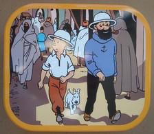 Tintin. - Le Crabe Aux Pinces D'or. - Boîte Métallique Delacre 2009. - Objets Publicitaires