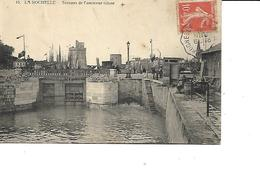 17-LA ROCHELLE-Une Vue Animée Des Travaux De Restauration De L'Ançienne Ecluse- - La Rochelle