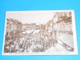 50 ) Saint-hilaire-du-harcouet - La Place Nationale ; Un Jour De Marchè - Année 1947  - EDIT : Gaby - Saint Hilaire Du Harcouet