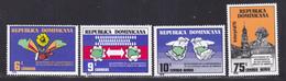 DOMINICAINE N°  790 & 791, AERIENS 285 & 286 ** MNH Neufs Sans Charnière, TB (D7967) 200 Ans Indépendance USA -1976 - Dominicaine (République)