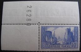 R1718/63 - 1929 - PORT DE LA ROCHELLE - N°261 (I) NEUF** COIN DE FEUILLE - Cote : 180,00 € - France