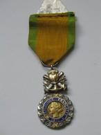 Médaille/Décoration - Médaille Militaire ***** EN ACHAT IMMEDIAT **** - France