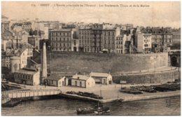 29 BREST - L'entrée Principale De L'arsenal - Les Boulevards Thiers Et De La Marine - Brest