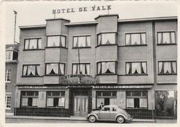 Westerlo ,hotel De Valk , Café,restaurant,pension ,( Groot Formaat ) Auto , VW Coccinelle , Oldtimer - Westerlo