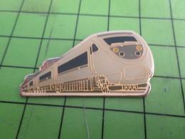 710f Pin's Pins /  Rare & De Belle Qualité : THEME TGV / GRANDE RAME DE COULEUR GRISE - TGV