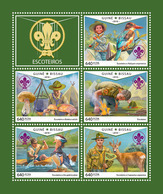GUINEA BISSAU 2018 - Scouts, Mushrooms. Official Issue - Champignons
