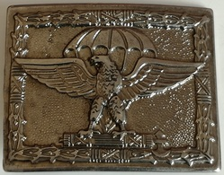 Hebilla Paracaidistas. Italia Fascista. 2ª Guerra Mundial. Réplica - Uniformes
