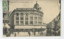 GRENOBLE - Les Galeries Modernes - Grenoble