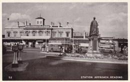 Station Approach, Reading, UK (pk53726) - United Kingdom