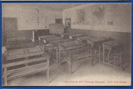BOURGES   Ecole  Institution De Melle Thomas   Une Salle De Classe      écrite En1931 - Bourges