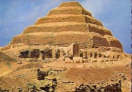 Sakkara - Pyramide En Forme De Marches 2800 Avant Jesus Christ - Formato Grande Viaggiata Mancante Di Affrancatura – E 9 - Pyramids