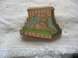Pin's De La Ville De BELFORT, L'Embleme, Le Lion De Belfort. Superbe - Villes