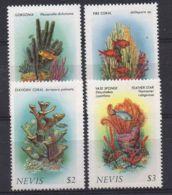 NEVIS ( POSTE ) : Y&T N°  419/422  TIMBRES  NEUFS  SANS  TRACE  DE  CHARNIERE . - St.Kitts-et-Nevis ( 1983-...)