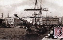 Cagliari Porto E Palazzo Comunale Nave Barca Molo - Cagliari