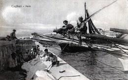Cagliari Porto Pescatori Marinai Ragazzi Molo Navi - Cagliari